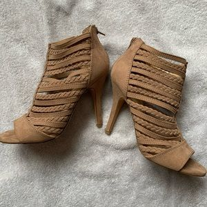 Lauren Conrad Heels Size 7 Tan Like New Spumoni